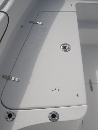 Gamefish 27 Forward Seat Photo 13