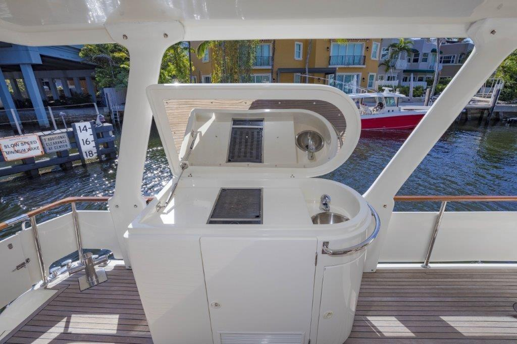 Aft Deck Grill and Wet Bar