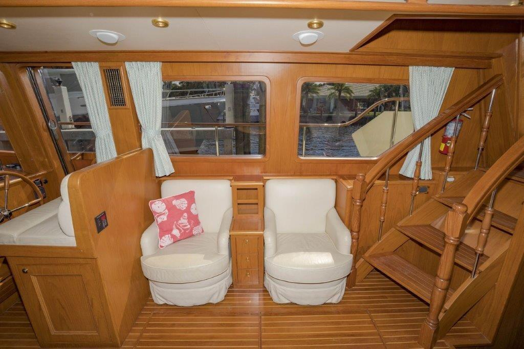 Main Salon Starboard
