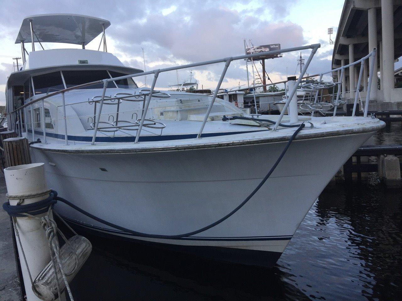 71' Bertram 1977 Custom Extended Motoryacht
