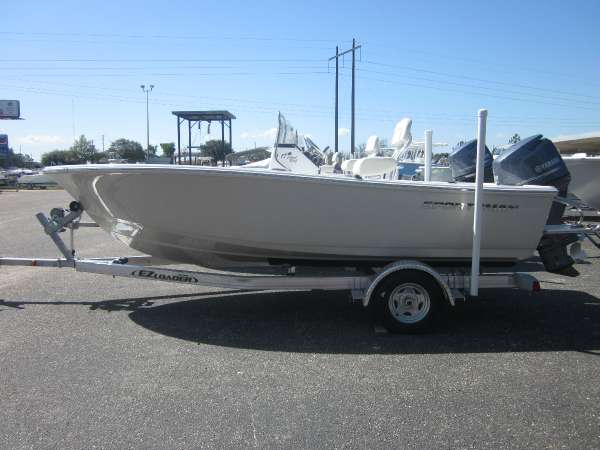 2017 SPORTSMAN BOATS 17 ISLAND REEF for sale