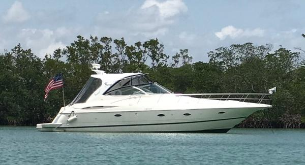 2003 39' Cruisers Yachts 3970 Express