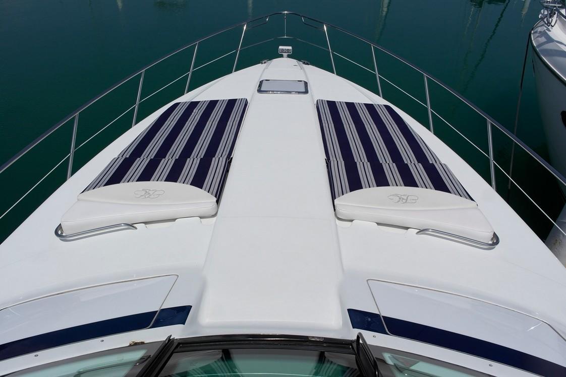 45 Yacht-10