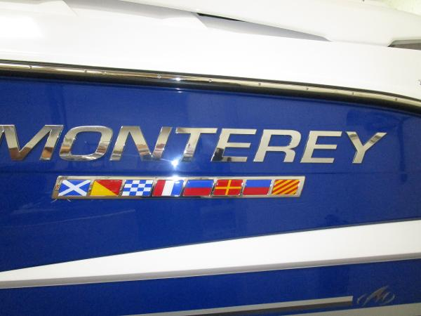 2020 Monterey boat for sale, model of the boat is 295 Sport Yacht & Image # 10 of 34