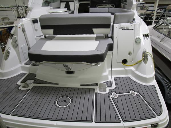 2020 Monterey boat for sale, model of the boat is 295 Sport Yacht & Image # 5 of 34