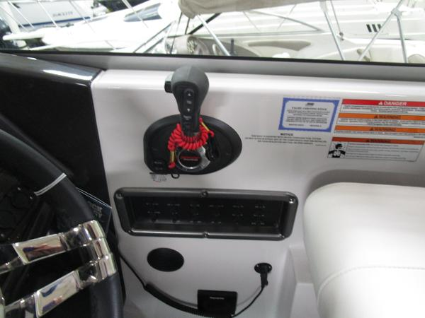 2020 Monterey boat for sale, model of the boat is 295 Sport Yacht & Image # 33 of 34