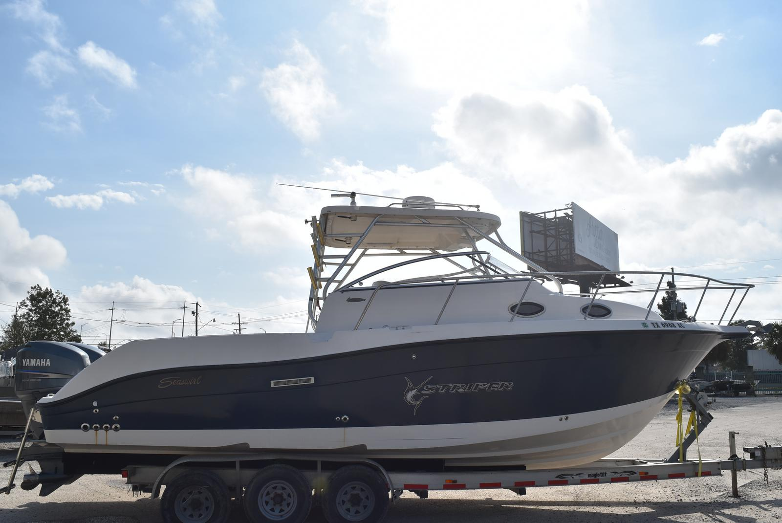 2006 Seaswirl boat for sale, model of the boat is Striper 290 & Image # 10 of 24