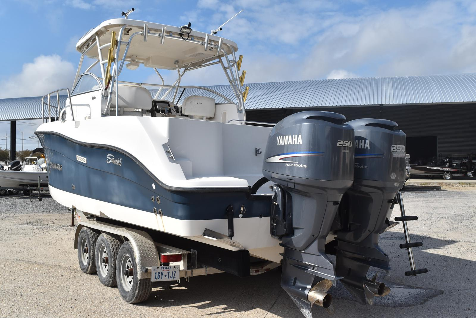 2006 Seaswirl boat for sale, model of the boat is Striper 290 & Image # 4 of 24