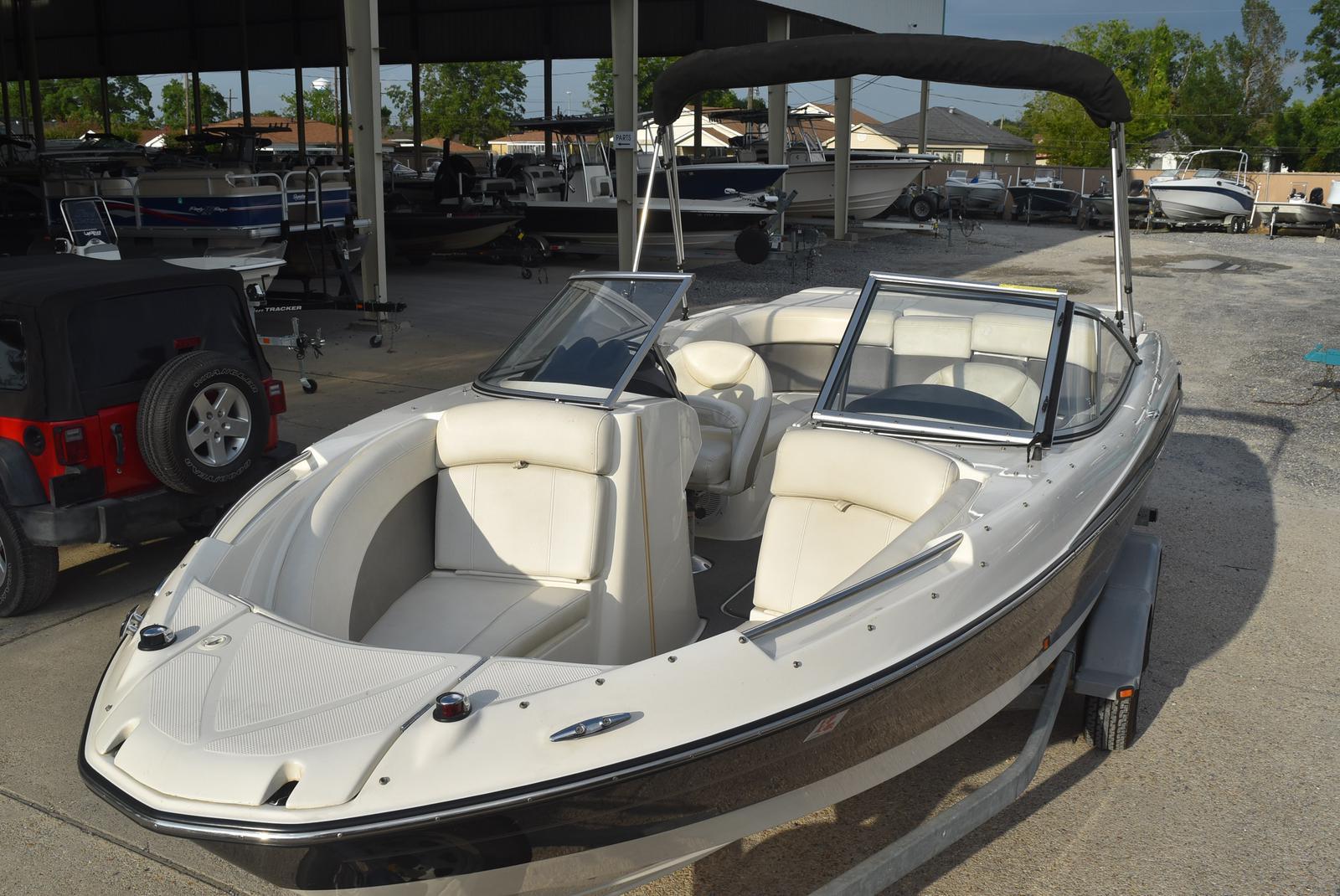 2010 Bayliner boat for sale, model of the boat is 235BR & Image # 11 of 43