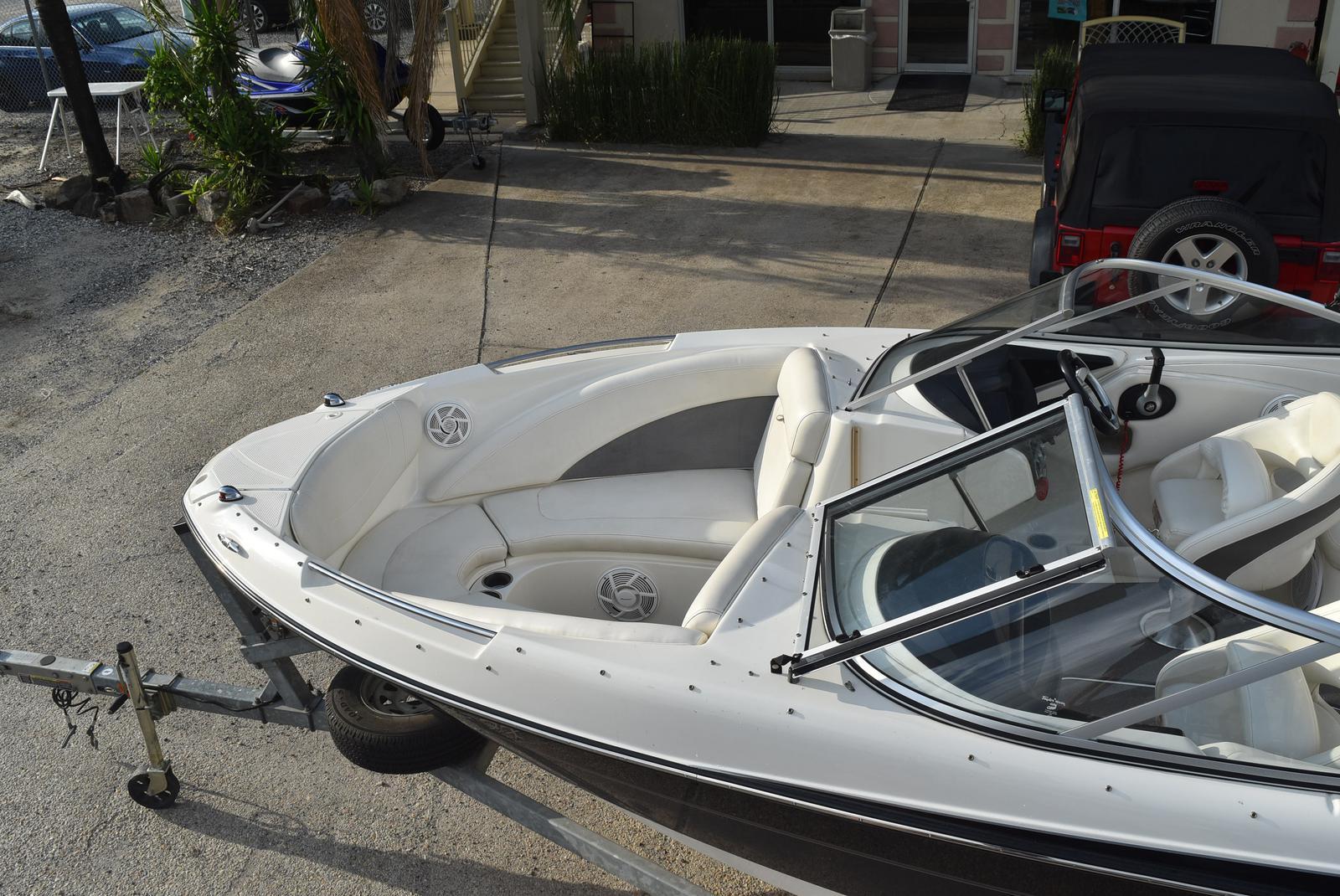 2010 Bayliner boat for sale, model of the boat is 235BR & Image # 12 of 43