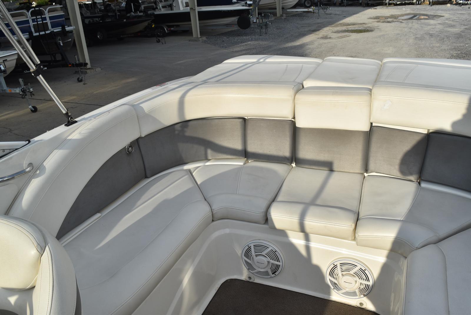 2010 Bayliner boat for sale, model of the boat is 235BR & Image # 2 of 43