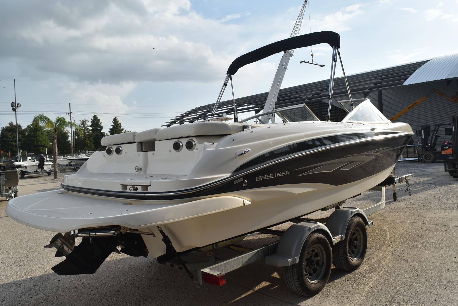 2010 Bayliner boat for sale, model of the boat is 235BR & Image # 22 of 43