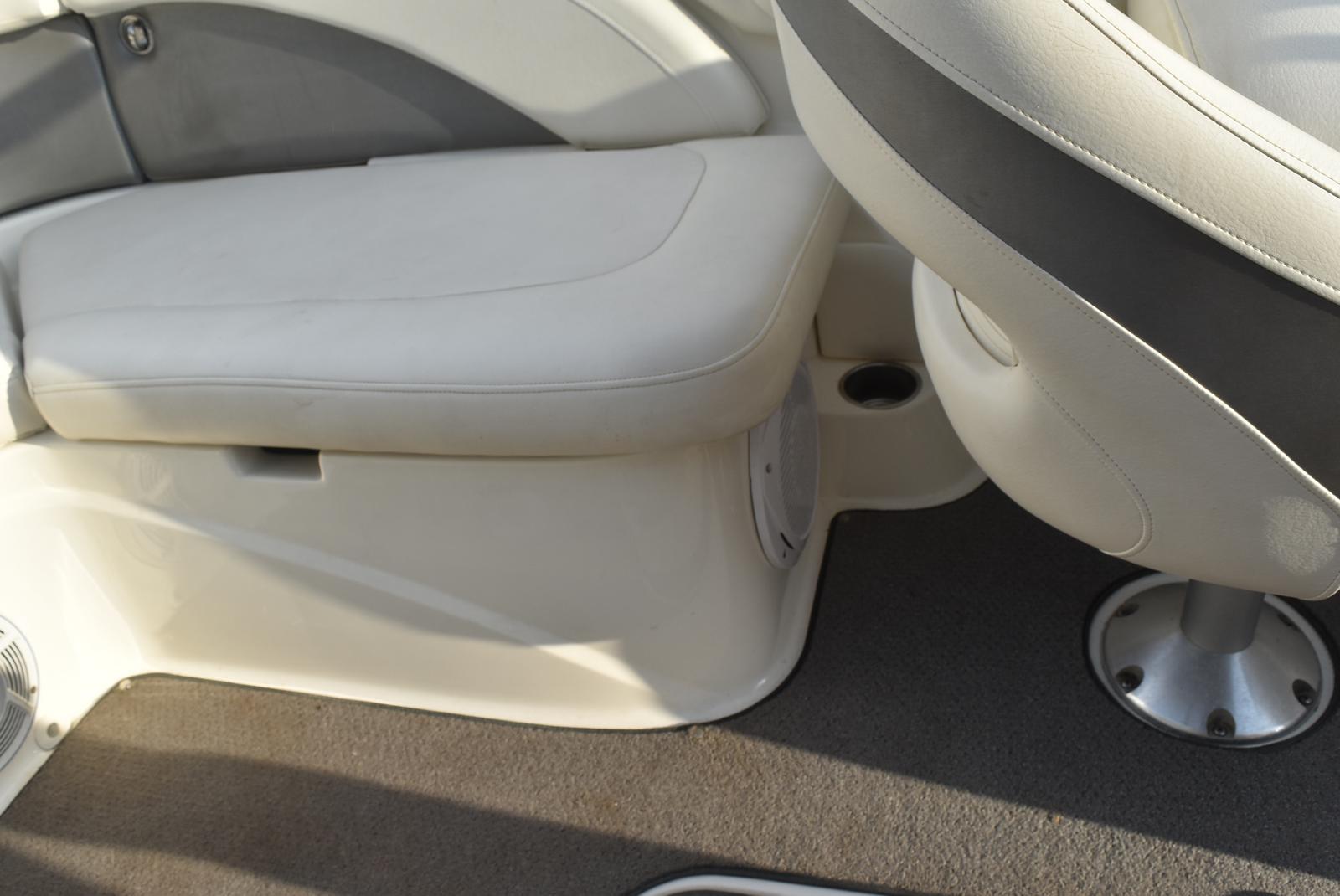 2010 Bayliner boat for sale, model of the boat is 235BR & Image # 30 of 43