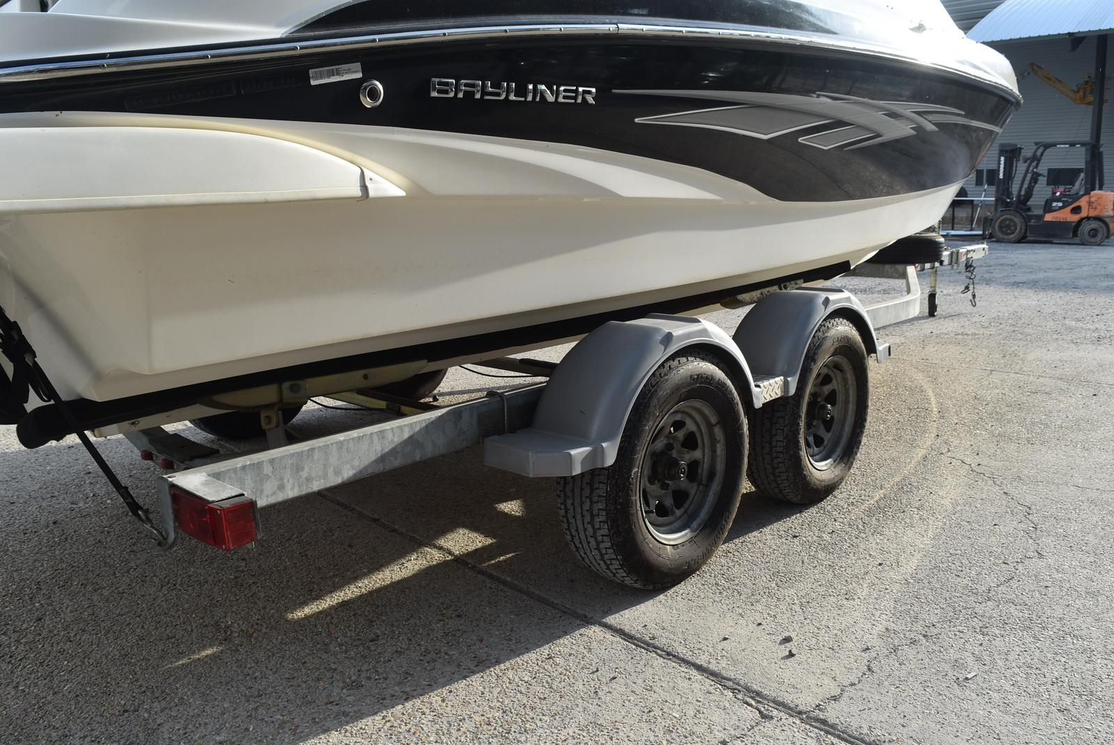 2010 Bayliner boat for sale, model of the boat is 235BR & Image # 34 of 43