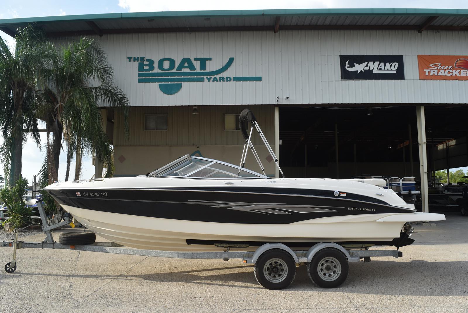 2010 Bayliner boat for sale, model of the boat is 235BR & Image # 37 of 43