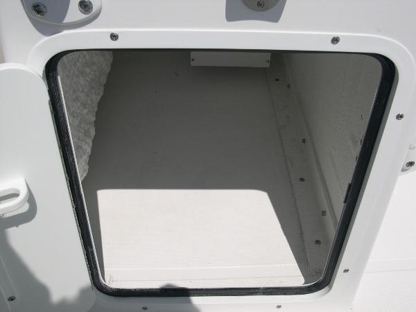 234 Ultra Mezzanine Seat Photo 27