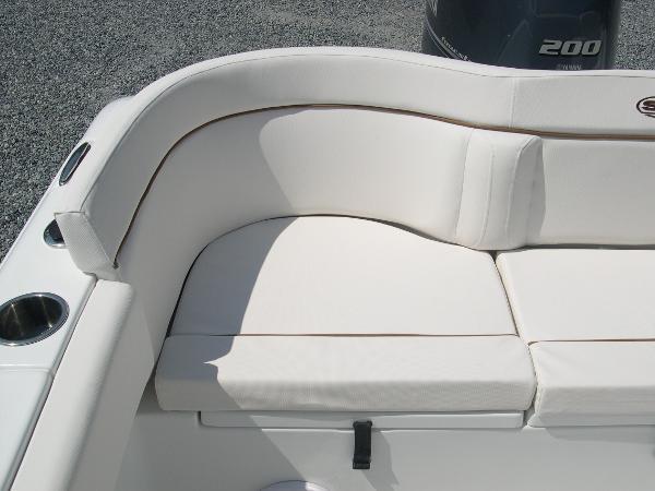 234 Ultra Mezzanine Seat Photo 38