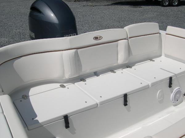 234 Ultra Mezzanine Seat Photo 39