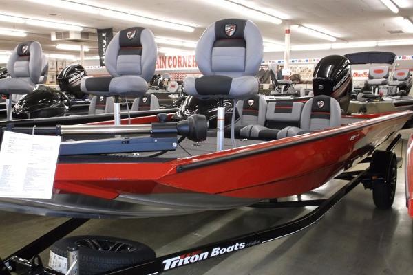 2015 TRITON 18 C TX for sale