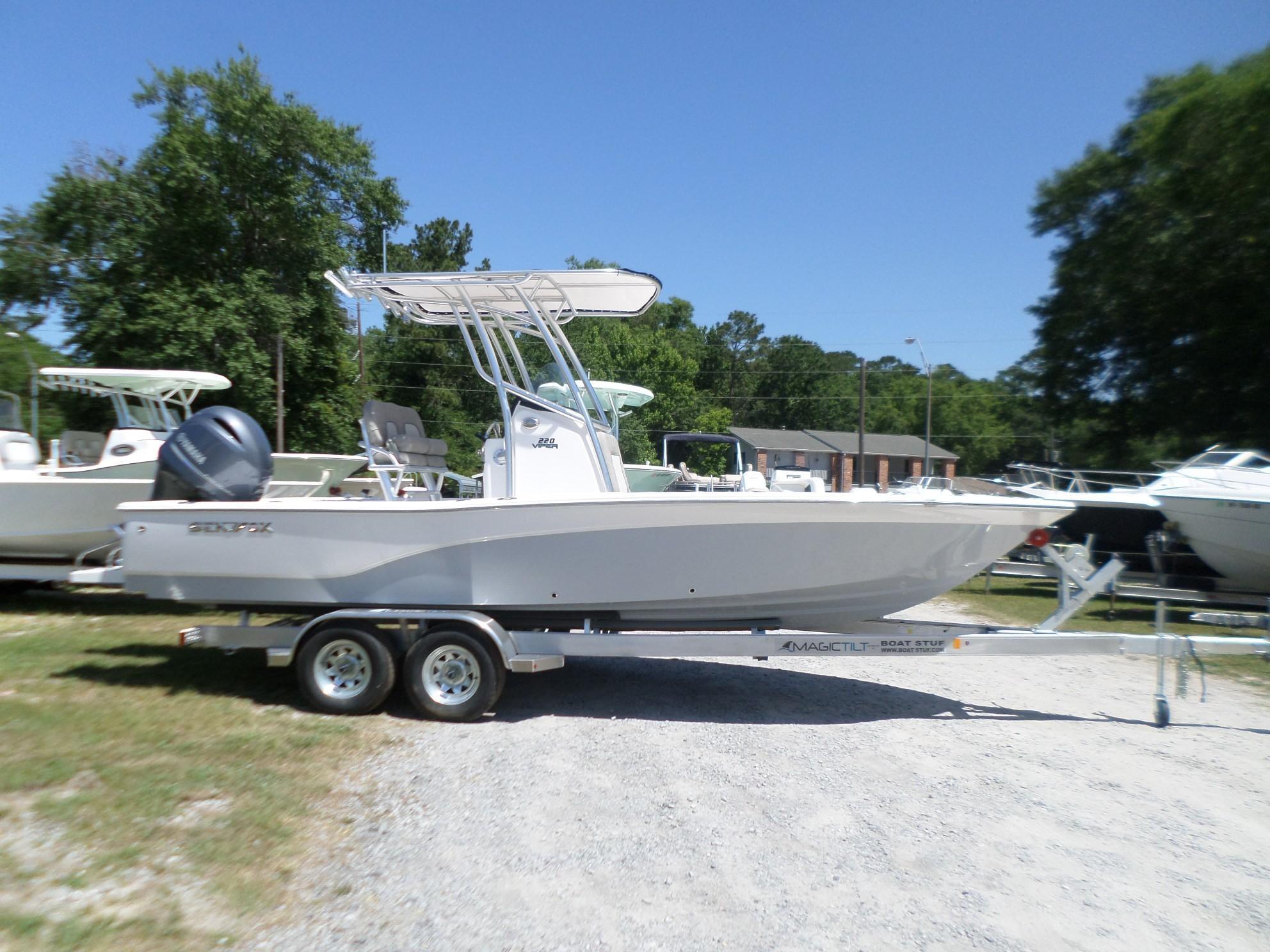 New  2018 22.33' Sea Fox 220 Viper Bay Boat in Slidell, Louisiana