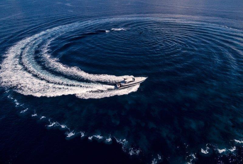 50.43 ft Pershing 46