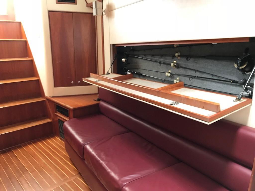 Main Salon Rod Storage