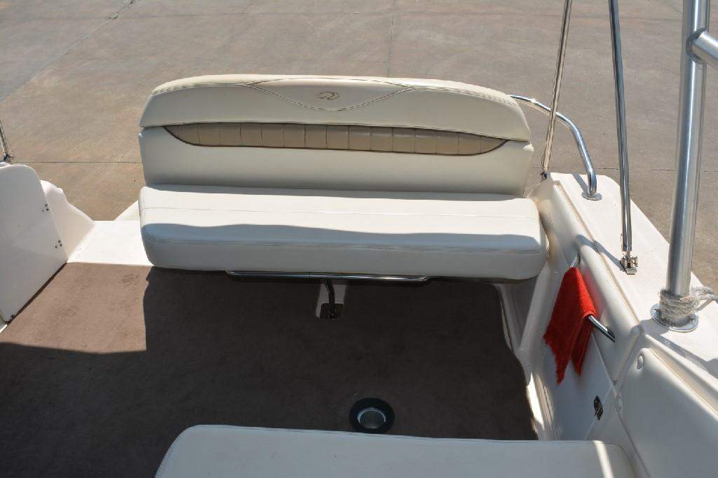 Regal 2765 Commodore - Transom Seating