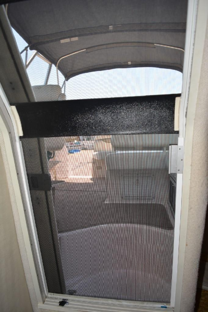 Regal 2765 Commodore - Cabin Screen Door