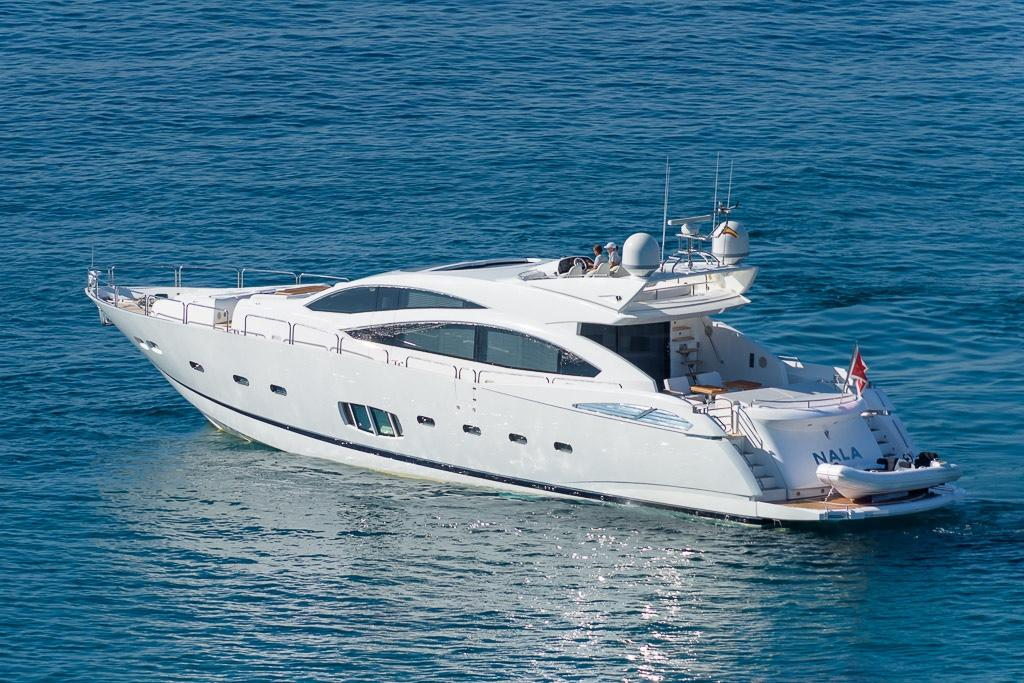 92.33 ft Sunseeker Predator 92 Sport