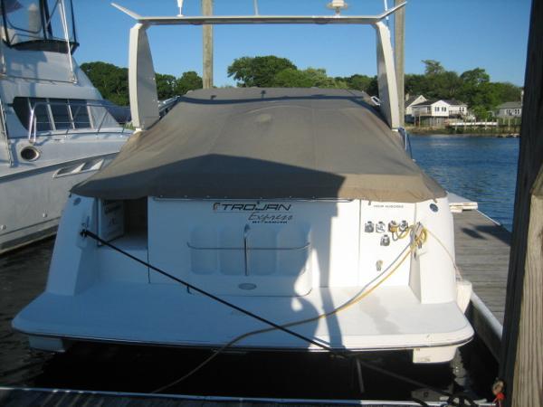 Trojan 400 Express Yacht Brokerage Rhode Island