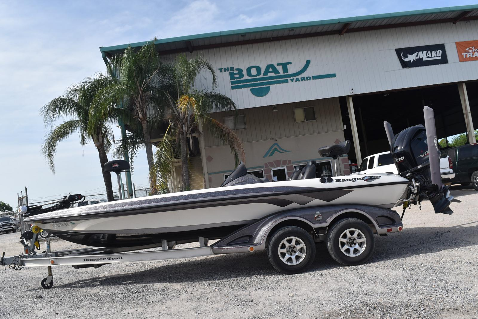 2010 Ranger Boats boat for sale, model of the boat is Z521 Comanche & Image # 1 of 35