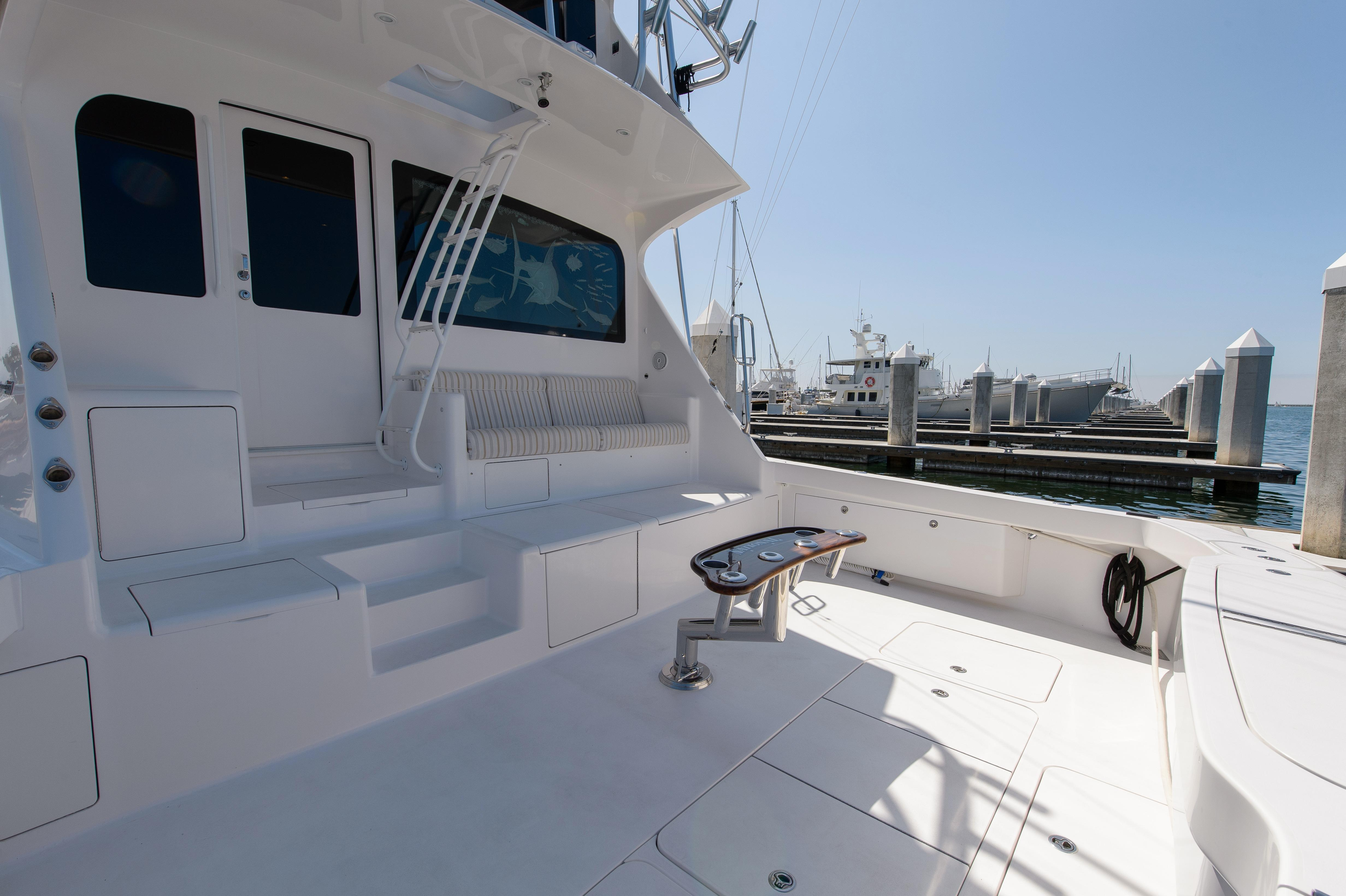 Control Station Located Aft Behind The Enclosed Flybridge