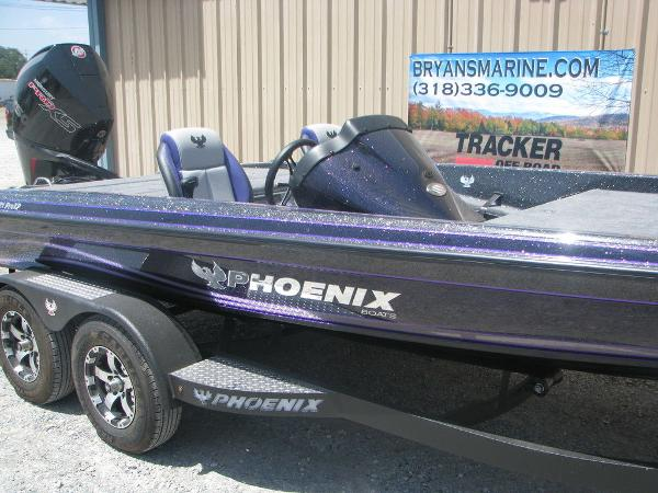 2021 Phoenix boat for sale, model of the boat is 721 Pro XP & Image # 6 of 24