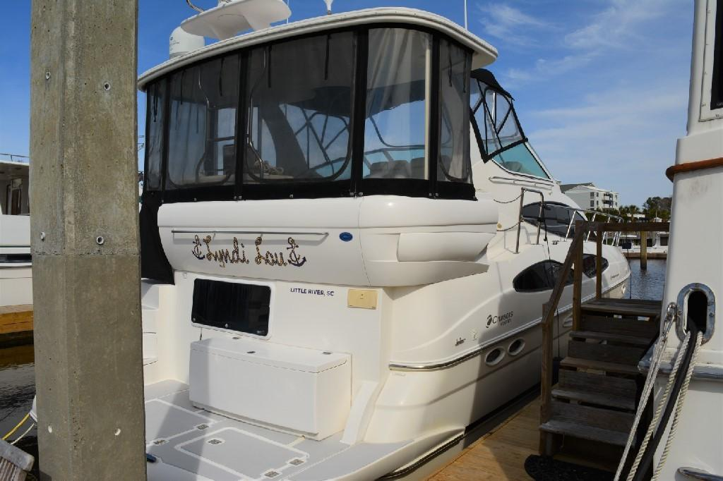 Cruisers Yachts 4050 Express - Excellent Canvas