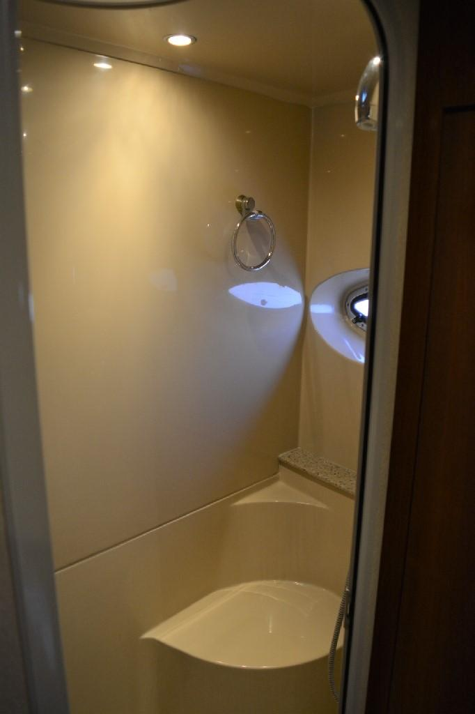 Cruisers Yachts 4050 Express - Forward Stall Shower