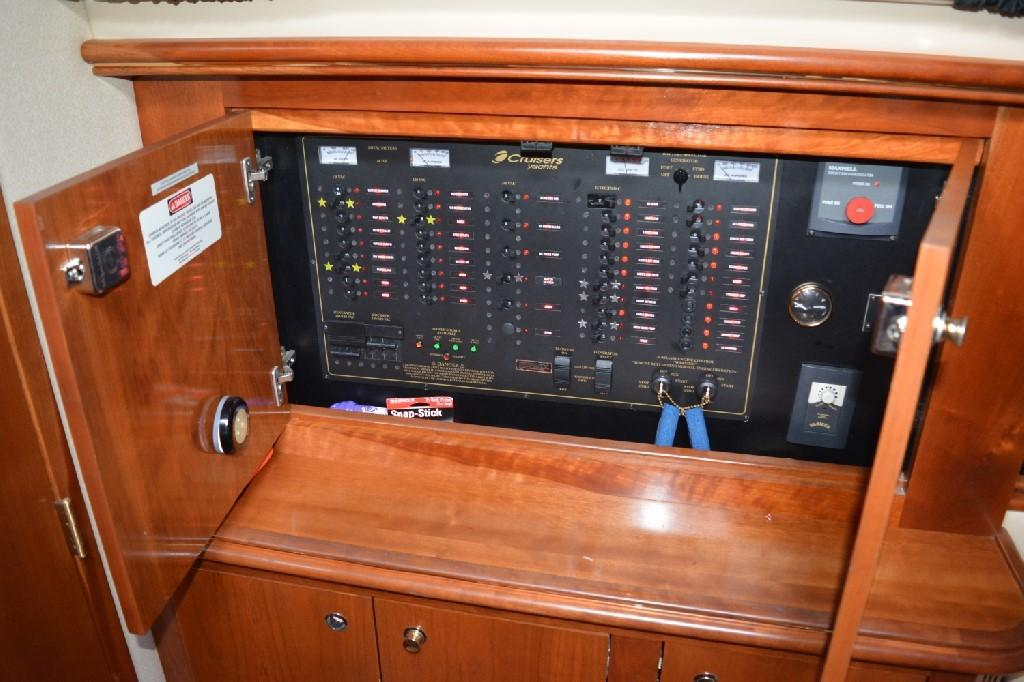 Cruisers Yachts 4050 Express - Electrical Panel