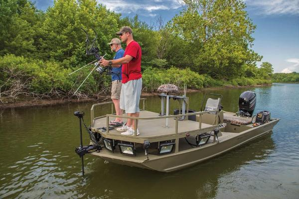 2020 Tracker Boats boat for sale, model of the boat is Grizzly 2072 CC Sportsman & Image # 3 of 51