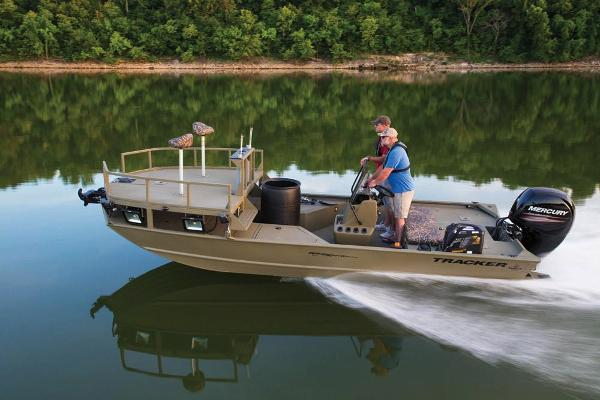 2020 Tracker Boats boat for sale, model of the boat is Grizzly 2072 CC Sportsman & Image # 10 of 51
