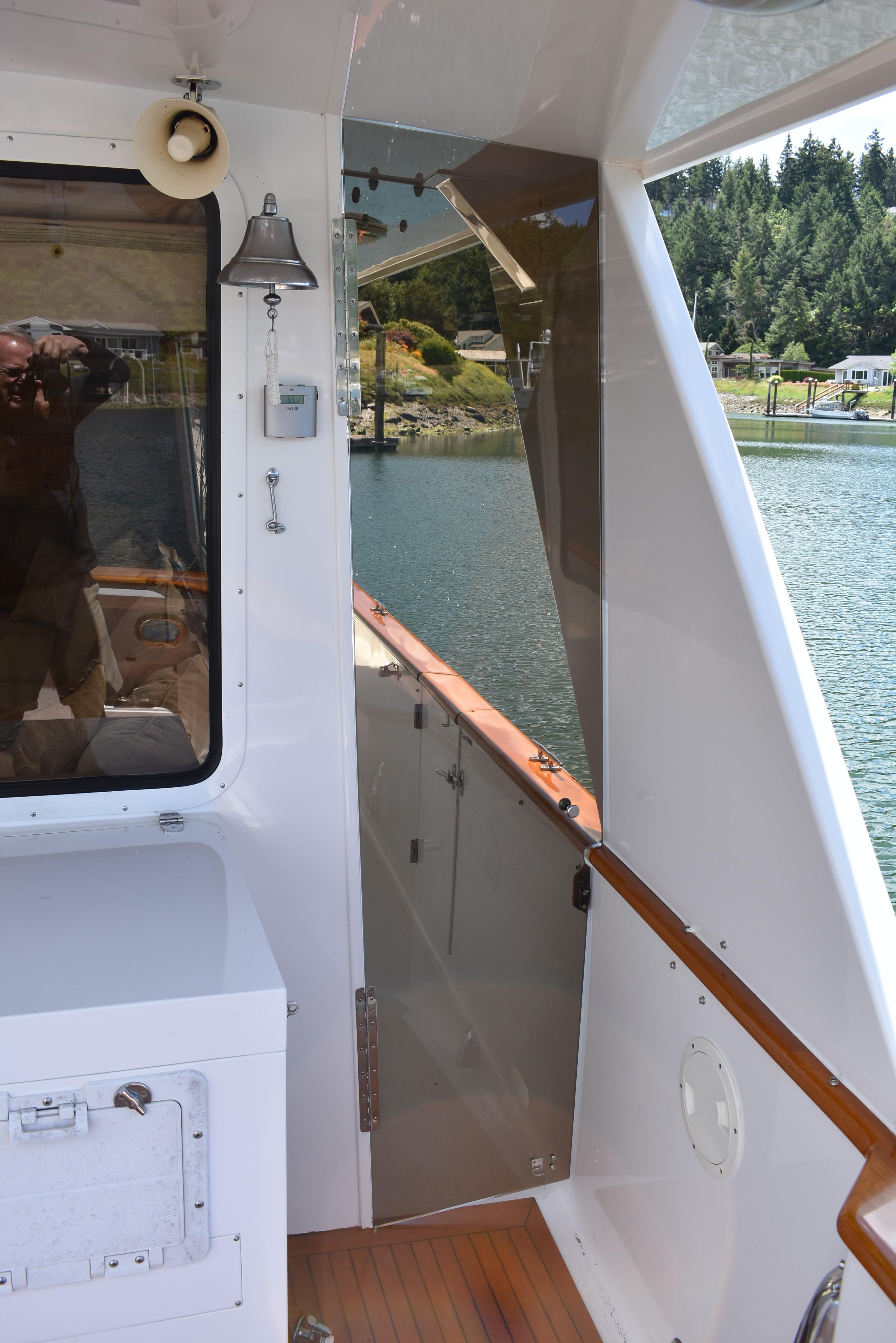 Side deck wing doors