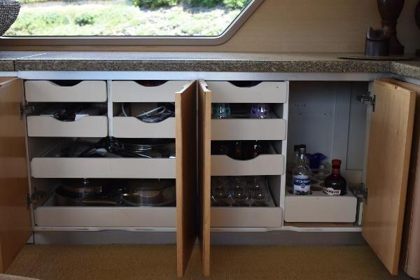 Salon storage