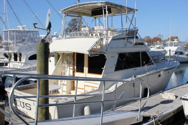 Hatteras 45 Convertible Convertible Boats. Listing Number: M-3788589