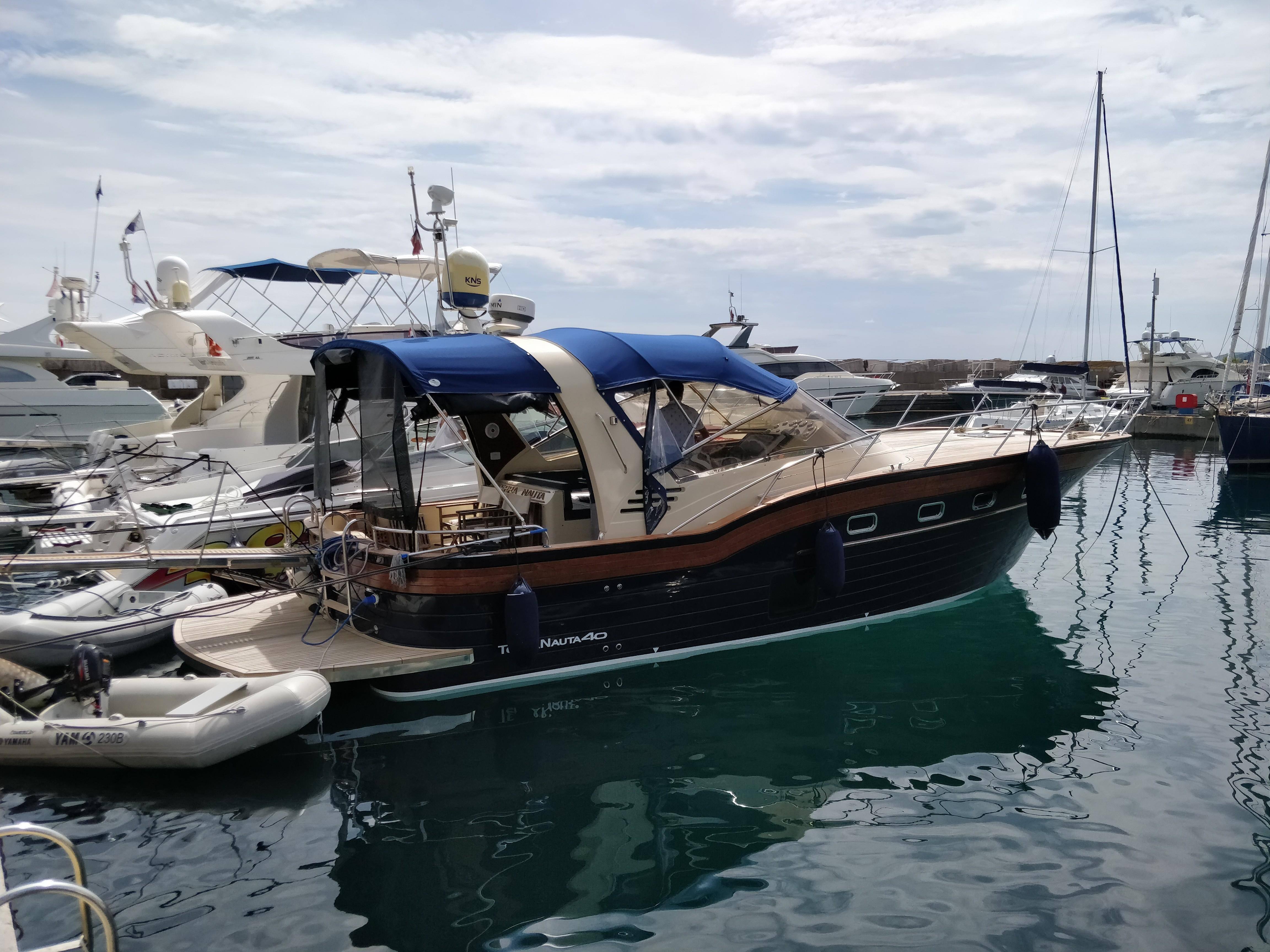 The Multihull Company – Used Catamarans For Sale Under 40 Feet