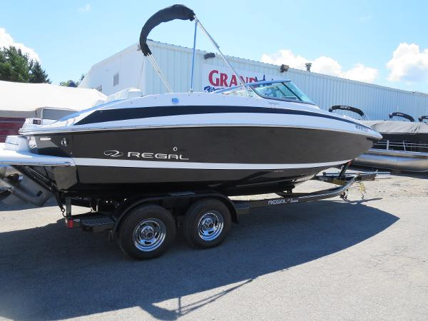 For sale used 2013 regal 24 fasdeck in traverse city for Outboard motors for sale in michigan