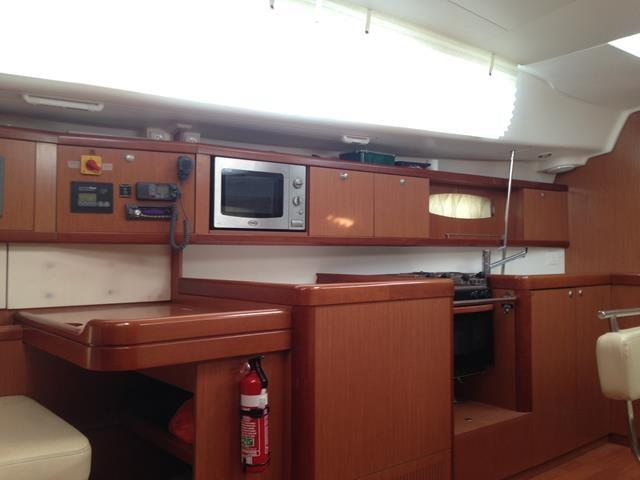 Beneteau Oceanis 43 Galley