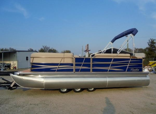 2017 BENTLEY 220 CRUISE RE for sale