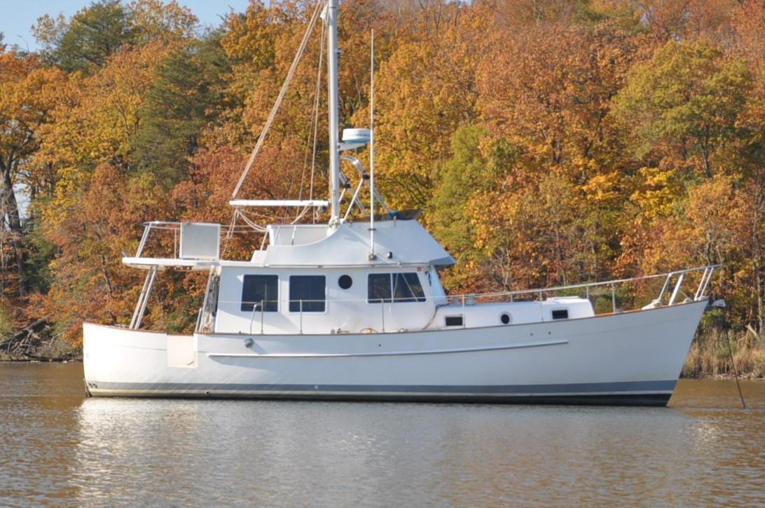 40' Willard 1982 40 Trawler