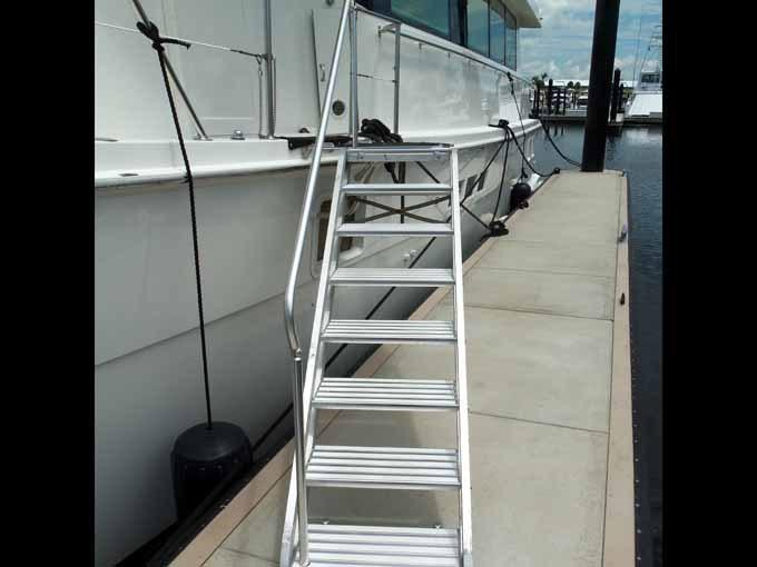 Articulating Marquipt Stairs