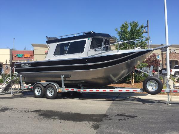 2017 THUNDERJET TJ PILOT HOUSE for sale