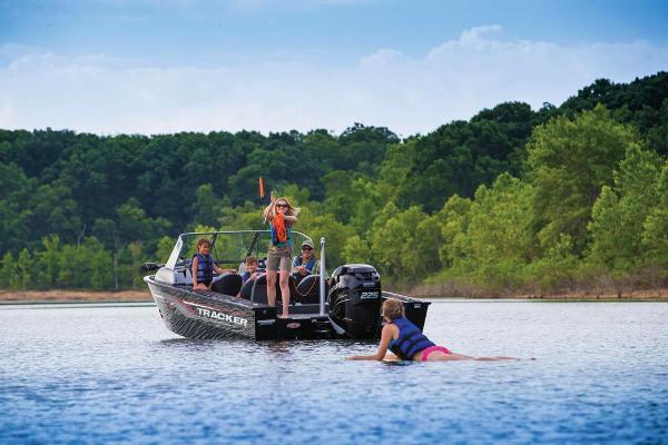 2017 Tracker Boats boat for sale, model of the boat is Targa V-20 Combo & Image # 4 of 61