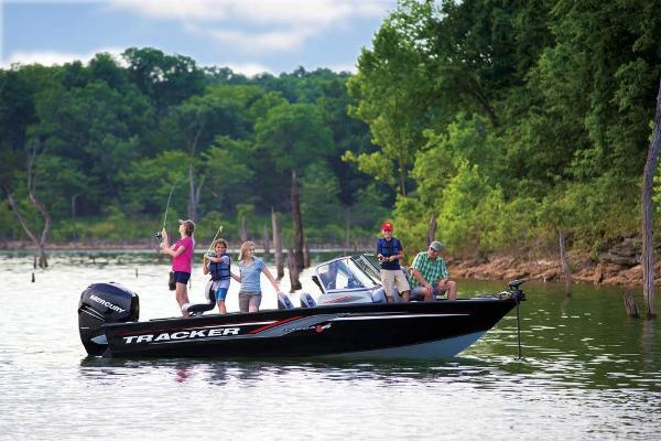 2017 Tracker Boats boat for sale, model of the boat is Targa V-20 Combo & Image # 8 of 61
